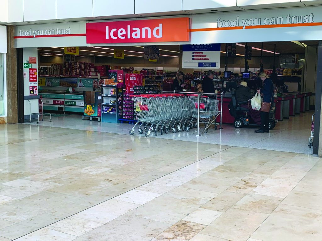 Icelands store front